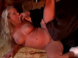 Blonde Kyra Banks has  sex with monster