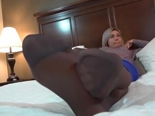 Chyna Italian Pantyhose Footplay