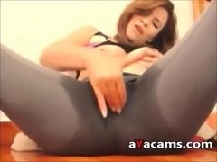 Hot squirting under the pants on webcam