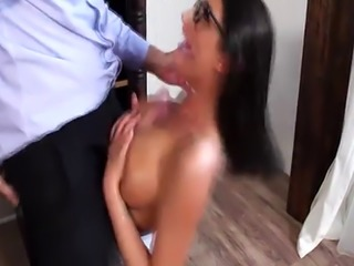 Keiran Lee plowing on August Ames shaved pussy