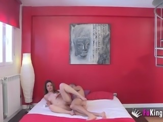 I am sara and love being fucked in the ass by old guys