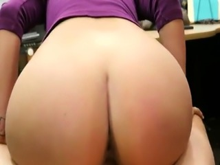 Hot latina gets banged in the pawnshop for revenge