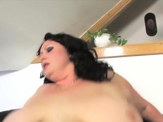BBW masturbating before doggystyle fucking