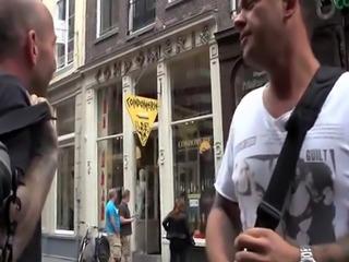 Dutch hooker gets facial