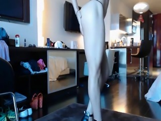 Curvy Blonde Milf Dildo Masturbation