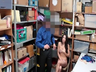 LP Officer fuck Taylor Mays spread pussy on the desk