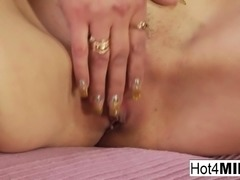 Russian MILF Marina receives a pussy pounding