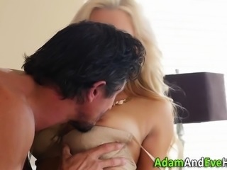 Babe spunked by big dick