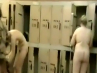 Sexy housewives spied in a locker room