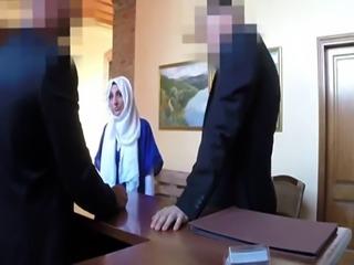Muslim handjob Meet fresh wonderful Arab girlassociate and my boss tea