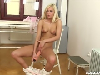Candee Licious loves masturbating and her slim body is as fine as can be