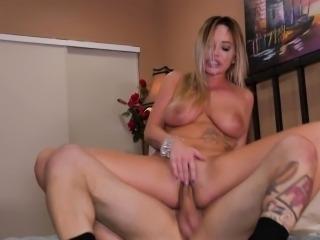 Porn babes pussy cummed