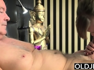 Her Young Pussy Gets Fucked Old Man an Gets Cum On Tits