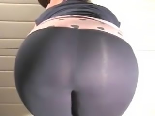 Irish fat ass booty in garage