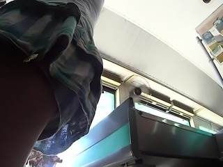 Amateur upskirt in public