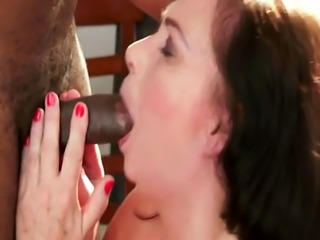 Euro granny fucked and jizzed in mouth