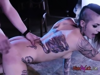 Stripper Leigh Raven Enjoys Customers Huge Cock