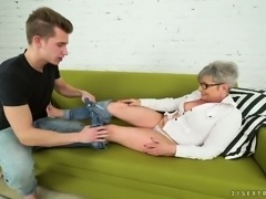 This horny granny Jessye has found herself a perfect foot fetishist
