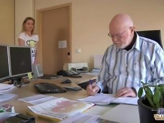 Old man boss fucks beautiful secretary girl