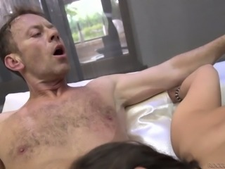 Sasha Rose is having a 3some with Rocco Siffredi and she is enjoying the fun