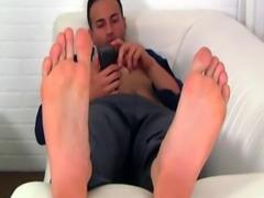 Teenage male foot gay porn Spying On Ravi's Size ten Feet & Socks