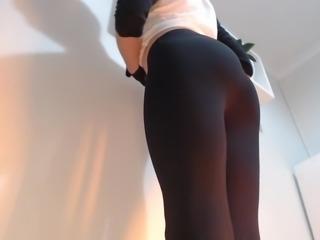 Young Yoga Pants Tease!