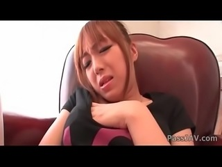 Sweet babe Anri Hoshizaki uses her toy for an awesome masturbation