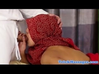 Arab babe fucked and facialized by masseur
