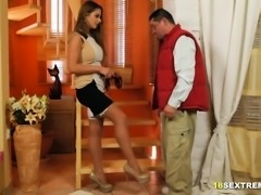 Housewife Sucks and Fucks Delivery Dude