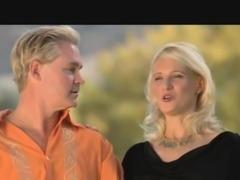Amateur swingers love pleasing partners in orgy