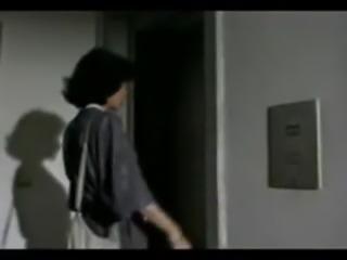 Elevator Lesbians