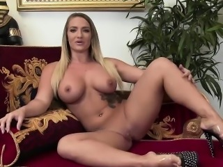 Blonde Aris Dark rode a giant pecker
