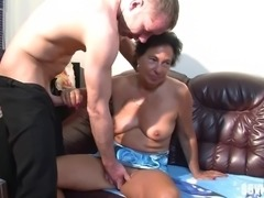 Chubby granny with a shaved pussy enjoying a fantastic MMF threesome
