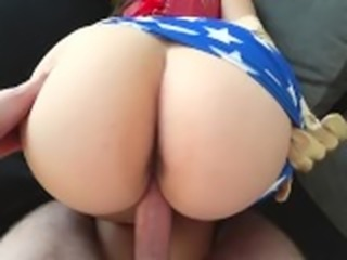 Wonder Woman with big ass fucked