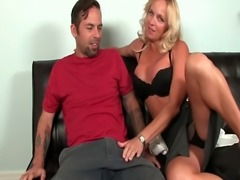 Handjob loving cougar pleasing lucky dude