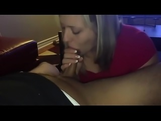 Teenie Girlfriend Sucking Cock and Swallowing It All - Bananacams.com