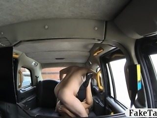 Hot amateur babe pounded by pervert driver in the taxi