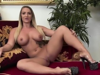 Four dicks for horny Claudia Downs