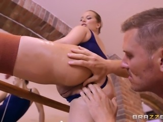 facesitting and making him hard
