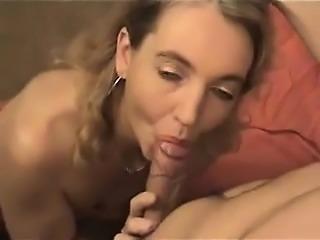 Old mature lady takes cumshot