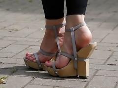 Feet 007 - Wooden Wedges