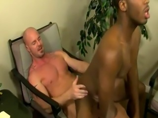 Grandpa big dick gay sex movietures JP gets down to service