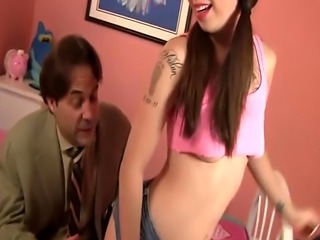 Giant dick sucking for Kat Dior