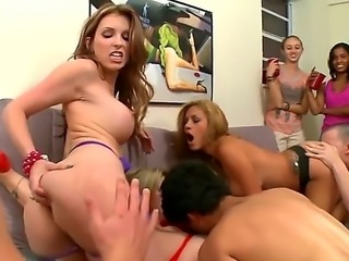 Hot pornstars Courtney Cummz, Sara Jay, Jamie Valentine show their love for...