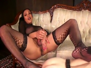 Tranny mistress anal bangs her slave