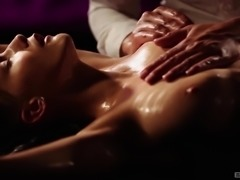 Erotic sex session with stunning brunette goddess Nataly D'angelo