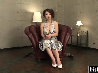 Reiko gets tied up and toyed with
