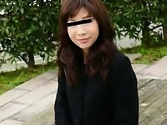 Asian milf with natural boobs Mia Rider