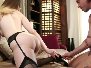 Blindfolded slutty and busty nympho Stella Cox gets her treasure cunt nailed