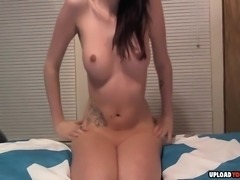 Brunette babe shows her amazing butt hole on live camera.